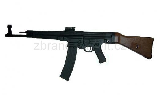 zbraněSTTi - MP44 celokov